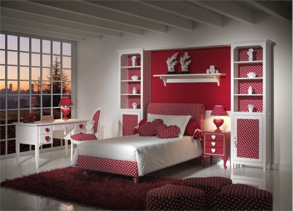 Heart Themed Kids Bedroom Idea