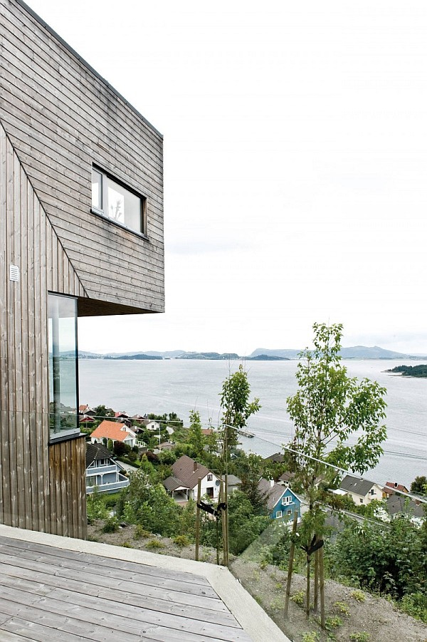 Northface House with Lake Views