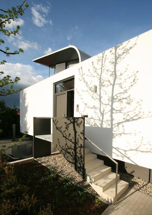 Rectangular C1 House In Germany Amalgamates Sleek Form And