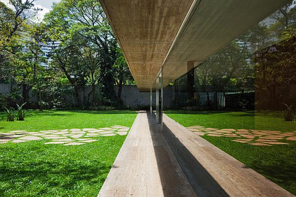 Toblerone House – Sao Paulo 12