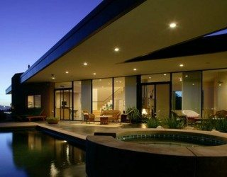 Contemporary Riverfront Residence in Arizona Has Green Design Elements