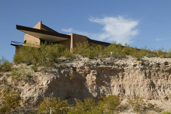 green design –  Riverfront Residence in Arizona 11
