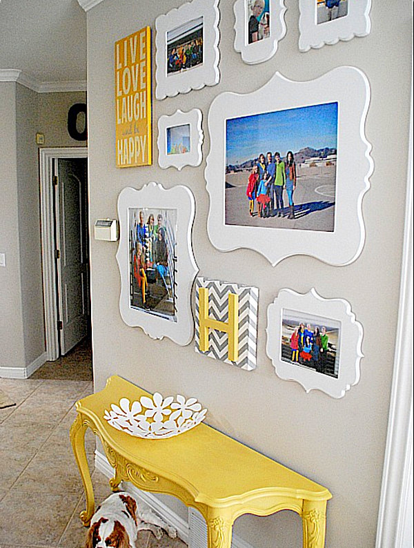helpful hints for displaying family photos on your walls. Black Bedroom Furniture Sets. Home Design Ideas