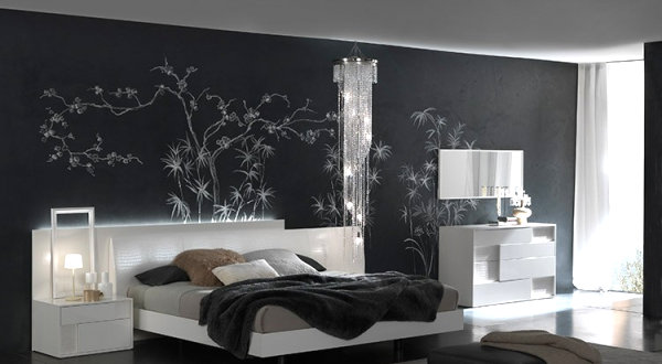 Italian Black Lacquer Bedroom Set 600 x 330