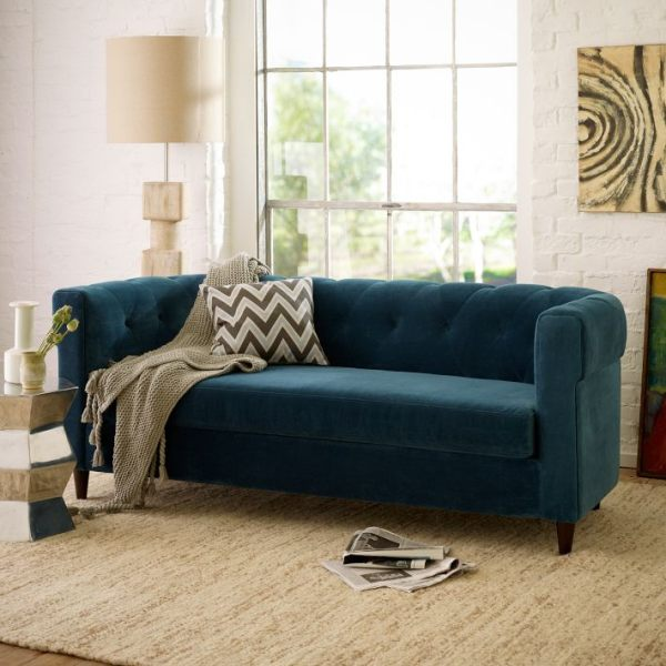 Living room paint ideas find your home 39 s true colors for Blue couch living room