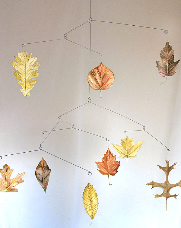 A fall leaf baby crib mobile