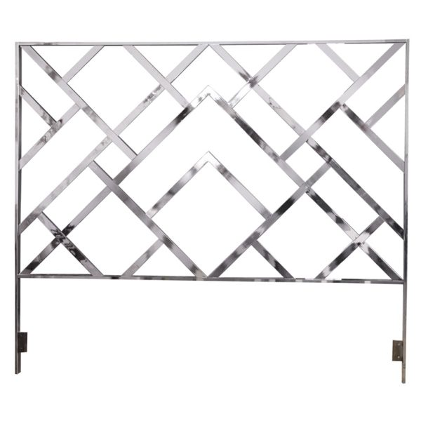 Simple Metal Twin Bed