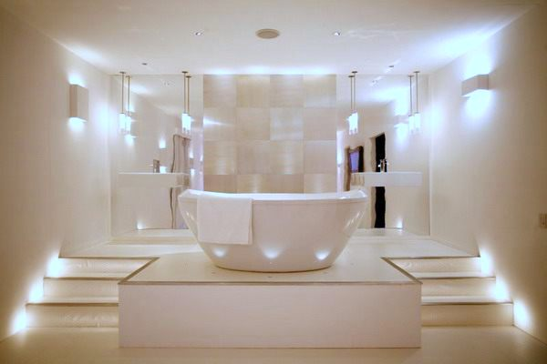 Modern bathroom and vanity lighting solutions for Luxury bathroom vanity lighting