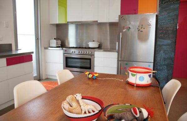 Colorful-and-ergonomic-shelves-make-interiors-apt-for-everyone