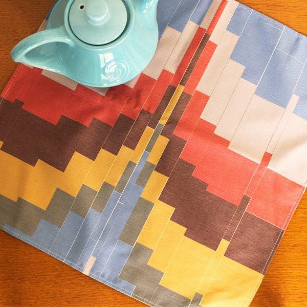 Modern-zigzag-napkins