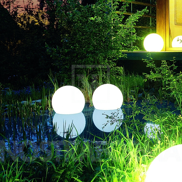 A Beautiful And Innovative Solution For Decorative Outdoor Lighting ...