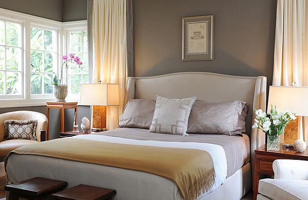 Beautiful 5 Things To Have In Every Guest Room