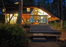 Transparently Swinomish Indian Reserve Cabin Provides a Cozy Visual Treat