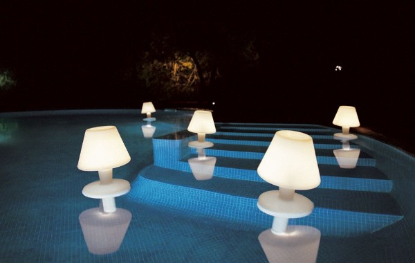 10 garden outdoor lamps to light your patio the cute floating lamp mozeypictures Images