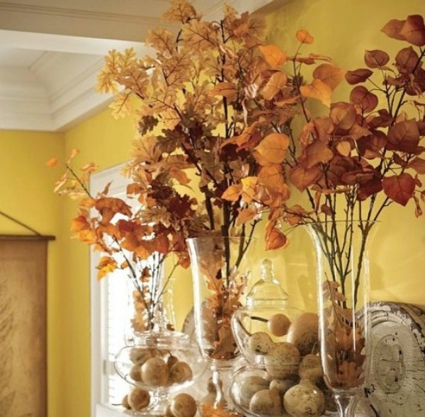 Inspiring fall dining room entertaining ideas for Pictures of fall table decorations