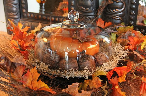 6 home decor ideas inspired by fall fashion for Fall decorations for the home