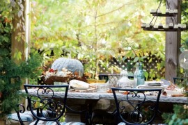 Colorful Autumn Additions for your Outdoor Home