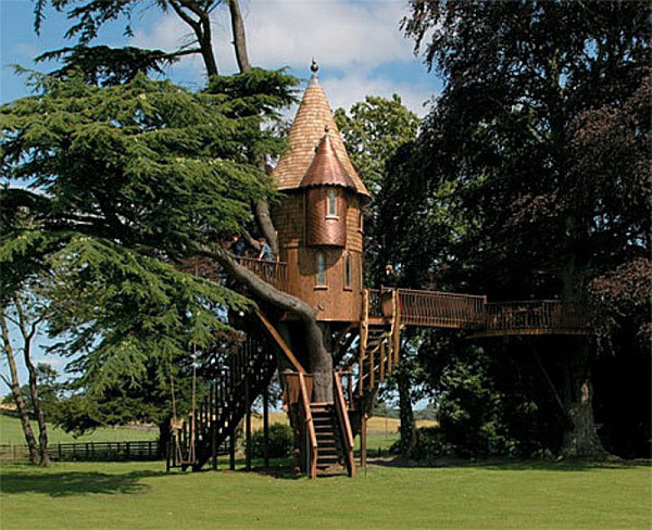 Awesome tree houses for kids for Treehouse designers