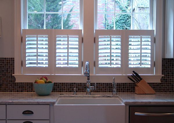 Hot home trend interior shutters for Interieur shutters