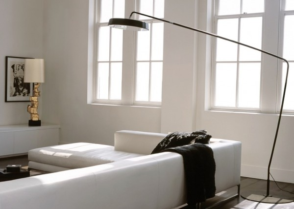 minmalist floor lamp e1348539233473 The Reinvention of Inspiring Floor Lamps