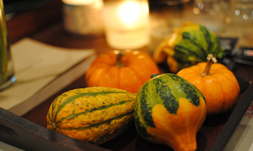 How to Use Pumpkins and Gourds in Home Décor