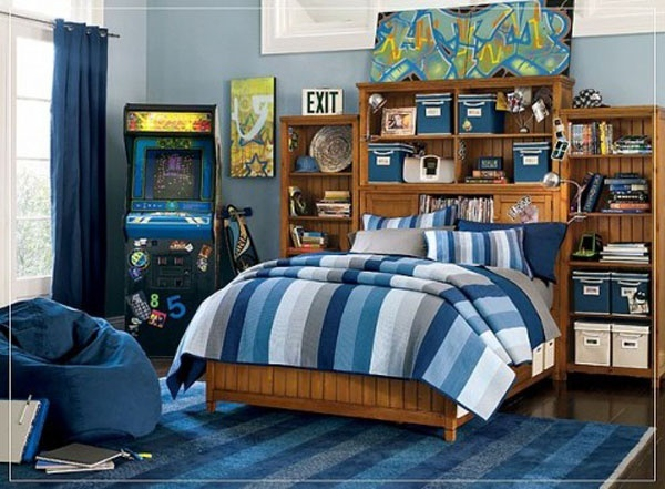 teenage boys room pop culture