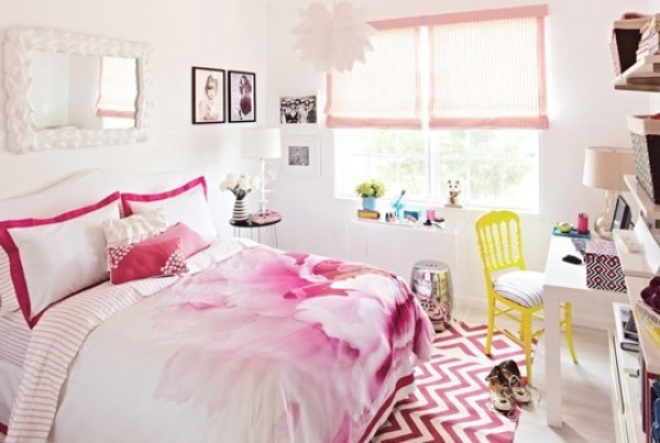 teenage girls room floral