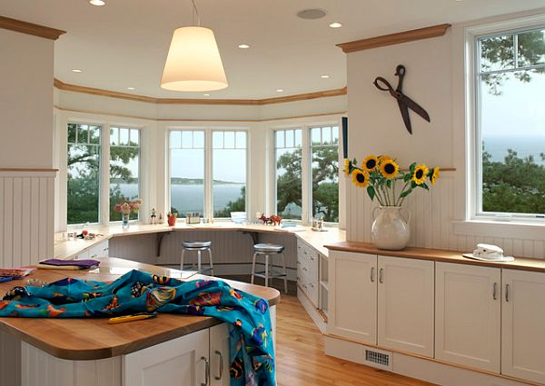 View In Gallery White Round Kitchen Design ...