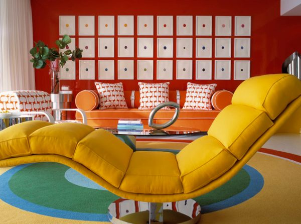 A-colorful-living-room