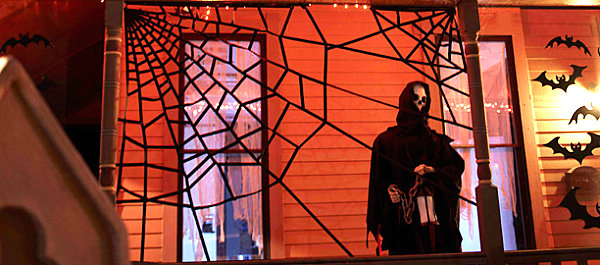 view in gallery - Halloween Spider Web Decorations