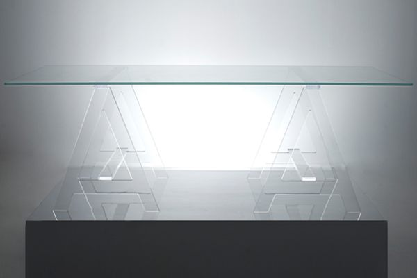 A-modern-acrylic-desk-with-sawhorse-legs