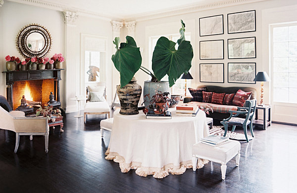 A plant and flower filled living room Welcome to the Jungle: 14 Plant Filled Interiors