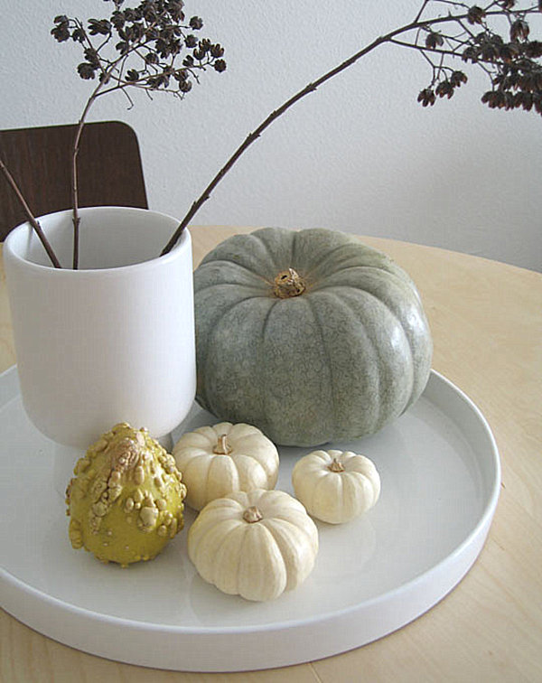 A subtle fall centerpiece