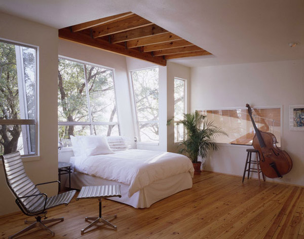 Bedroom Eames Aluminum Group Chairs