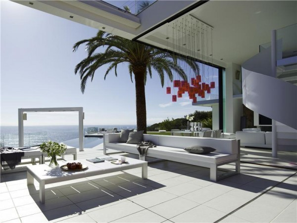 Costa Brava luxury home 1 Contemporary Spanish Home Integrates Stylish Interiors With the Scenic Mediterranean