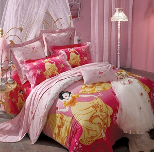 Dazzling gold and red princess bed sheet