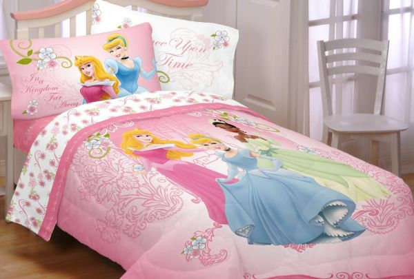 Disney Princesses Your Royal Grace Comforter
