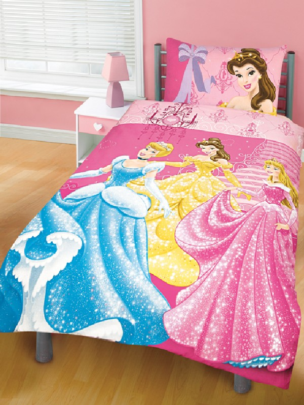 Girls bedding 30 princess and fairytale inspired sheets for Disney princess bedroom ideas