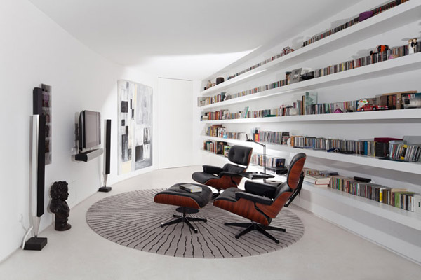 Eames Lounge Media Room1 10 Spectacular Herman Miller Chairs