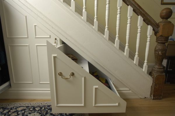 40 under stairs storage space and shelf ideas to maximize for Secret stair storage