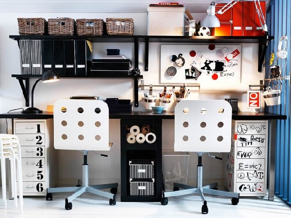 Expressive-teen-work-space-clad-in-black-and-white