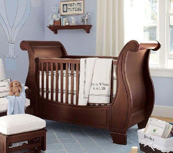 Exquisite and impeccable baby bedding set for boys