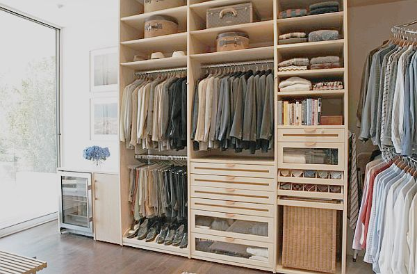 Master closet design ideas for an organized closet Closet layout ideas