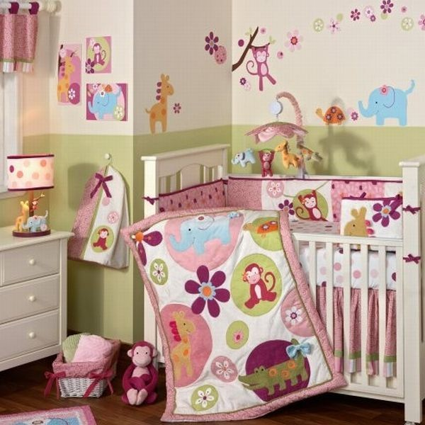 25 baby girl bedding ideas that are cute and stylish for Decoracion de cuartos para ninas recien nacidas