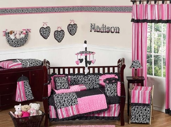 Girls bedding in chic pink and black pattern
