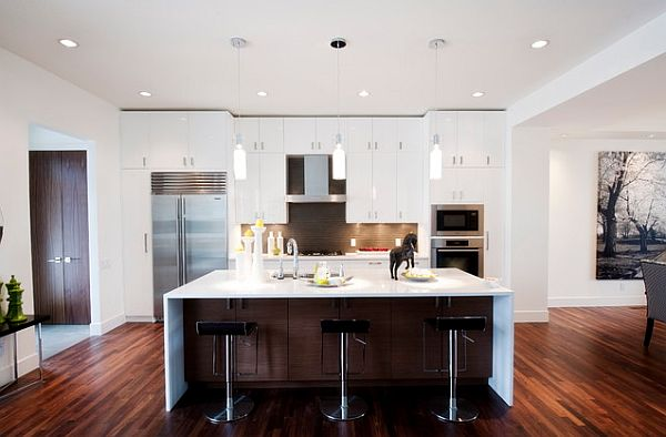 Modern White Kitchen with Island 600 x 394