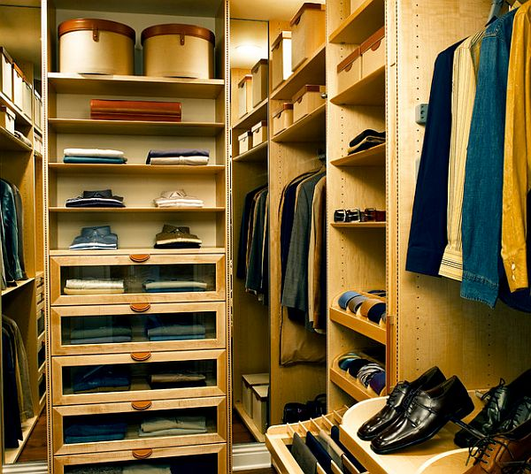 Men walk in closet organizer decoist for Walk in closet designs for small spaces