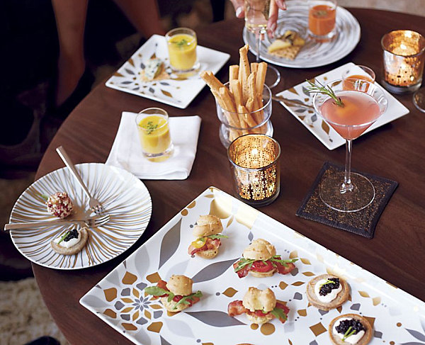 Modern-plates-and-platters-with-metallic-tones