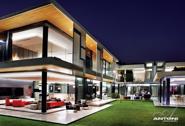 Opulent-modern-home-in-Houghton-night-view