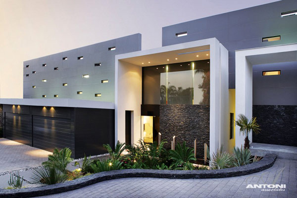 Opulent-modern-home-in-Houghton-outside-view